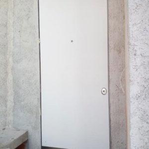 Porta blindata raso muro