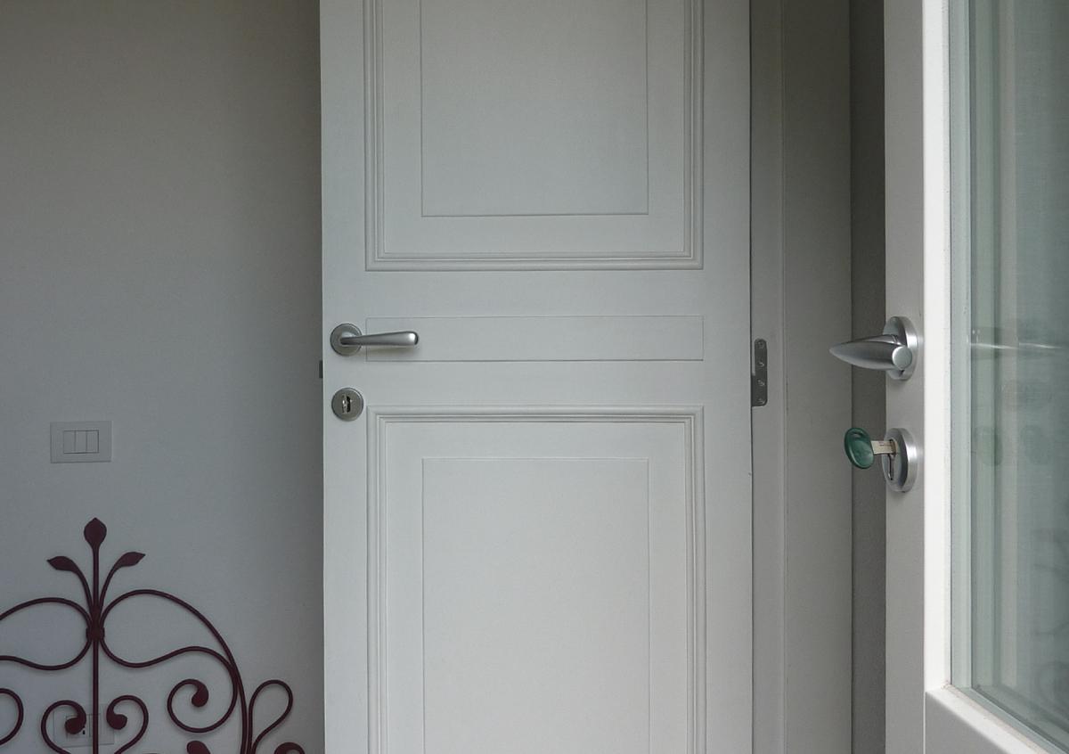 Le porte e le maniglie di opendoor italia a genova opendooritalia - Porte e finestre genova ...